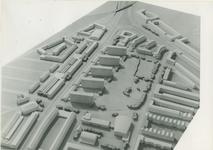 2004-7592 Maquettes van de wijken Bospolder en Tussendijken met de Schiedamseweg, ca. 1949.