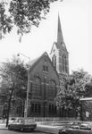 2005-10343 De Putselpleinkerk aan de Putseplein en Goede Hoopstraat. Tot 1969 Christelijk Gereformeerde Kerk. Later ...