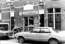2005-10362 In de Schalk Burgerstraat is de Spaanse levensmiddelenwinkel La Española.