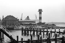 2005-10595-EN-10596 Hoek van HollandVan boven naar beneden:-10595: Bij de Berghaven.-10596: Radarpost in Hoek van ...
