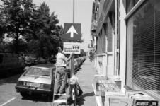 2005-11367 In de Provenierswijk aan de Spoorsingel wordt een bord geplaatst in het kader van buurtpreventie. Ter hoogte ...
