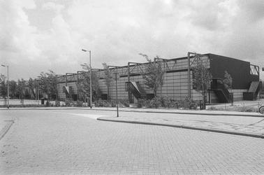 2005-1715 De Energiehal aan de Energieweg bij de Abraham van Stolkweg.