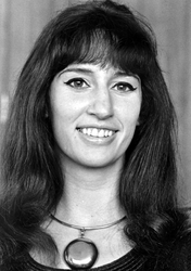 2005-5066 Portret van mevrouw Corrie Ambachtsheer, pianiste in de Doelen.