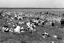 2005-5247 Aan de Kralingse Plas. Genoemd Het strandbad.