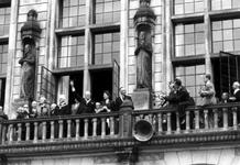 2005-5295-TM-5298 Sir Winston Churchill met gezin bezoekt RotterdamVan boven naar beneden afgebeeld:-5295: Sir Winston ...