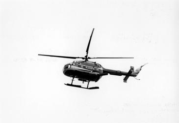 2005-5910 Helicopter van de Rijkspolitie tijdens de manifestatie 'Rotterdam Maritiem'.