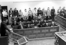 2005-6059-TM-6063 De Joodse gemeenteVan boven naar beneden afgebeeld:-6059: In de synagoge aan het A.B.N. Davidsplein ...