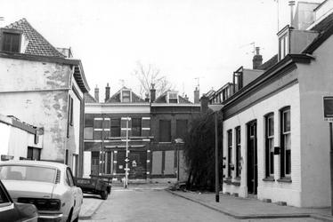 2005-6317-TM-6322 Stadsdeel Crooswijk en Kralingen:Van boven naar beneden afgebeeld:-6317: De Slachtstraat met verderop ...