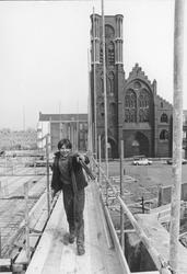 2005-6599-TM-6601 De Goudse Rijweg en Hugo de Grootstraat:-6599: De Goudse Rijweg met het restant van de Kerk van de ...