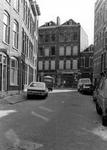 2005-6850 De Johan Idastraat met verderop het noordelijk deel van de Tochtstraat met op nr. 28 aan de oostzijde het ...