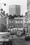 2005-7296-TM-7300 Oude Noorden:Van boven naar beneden afgebeeld:-7296: De Woelwijkstraat met verderop de ...