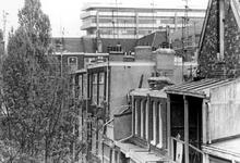 2005-7752-EN-7753 Proveniersstraat:Van boven naar beneden afgebeeld:-7752: De achterkant van huizen aan de ...