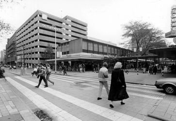 2005-8616-TM-8618 Aert van Nesstraat en de Lijnbaan:Van boven naar beneden:-8616: De Aert van Nesstraat ter hoogte van ...