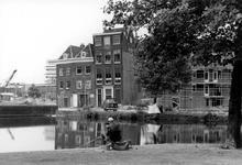 2005-9758 De Rechter Rottekade met drie van rond het jaar 1700 daterende panden ter hoogte van de Vriendenlaan. Gezien ...