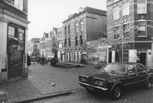 2005-9817 Slooppanden in de Jacob Loisstraat.