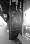 2005-9890 Op het perron van het station Blaak.