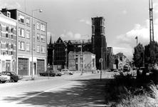 2005-9951 De Goudse Rijweg met op de achtergrond de Redemptoristenkerk, RK Kerk van de Allerheiligste Verlosser. ...