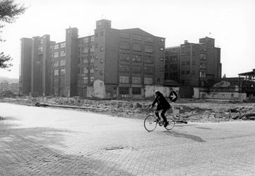 2005-9997 Braakliggend terrein bij het voormalige fabrieksgebouw van Jamin, later het Trefcentrum in de omgeving van ...