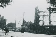2007-1067 Coolsingel met links de Binnenweg, richting Molenpad. Verwoesting na Duits bombardement op 14 mei 1940.