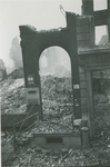 2007-1092 Restant van foto-groothandel R.E.O.F aan Boompjes 21. Verwoesting na Duits bombardement op 14 mei 1940.
