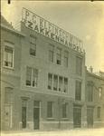 2008-3590 Zakkenhandel P.G. Kleinschmidt in de Piekstraat. 3 opnamen. Van boven naar beneden: -1: het pand-2: ...