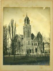 2008-3595 Stadsgezichten. 5 opnamen. Van boven naar beneden:-1: Remonstrantse kerk aan de Mathenesserlaan -2: interieur ...