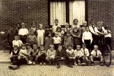 CAPHV-1150 Groepsfoto van kinderen uit de Oude Plaats.