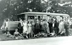 CAPHV-1248 Een uitstapje van een knapenvereniging in 1933.