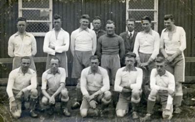 CAPHV-1336 Kampioenselftal in de Goudse voetbalbond van voetbalvereniging Zwervers . In juli 1930 besloot Zwervers zich ...