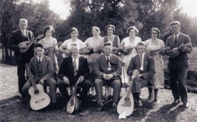 CAPHV-1365 Mandolineclub Kunstmin , opgericht op 24 februari 1924 in Capelle-Keeten.