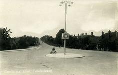 CAPHV-1465 Gezicht op de kruising Capelseweg met de Bermweg in noordelijke richting.