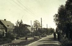 CAPHV-1527 Gezicht op de 's-Gravenweg in oostelijke richting ter hoogte van nummer 293.