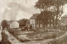 CAPHV-390 Woning van de eigenaar van de glasfabriek, genaamd Ketenshof. Linksachter staan de arbeiderswoningen.