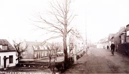 CAPHV-814 Gezicht op de Nijverheidstraat (ter hoogte van nummer 259) in Capelle aan den IJssel.(Capelle-West)