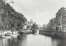 IV-57-5 De Delftsevaart met de Galerijbrug.