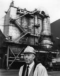 P-021365-1-TM-5 Portretten van ir. M. Kleinjan, directeur Afvalverwerking Rijnmond. Afgebeeld 1van 5 opnamen.-1