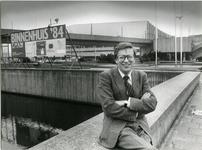 P-021641 Portretten van J. van Straten, directeur van het Rotterdams Tentoonstellings Bureau.Afgebeeld 1 van 6 opnamen.-1