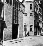 XIV-140-00-01-00-00-02 Magazijn van metaalhandel Intermetaal aan de Bierstraat 28 b, na het bombardement van mei 1940.