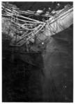 XIV-50-51-01-6 Puinresten na het bombardement van 14 mei 1940. Gezicht in het nieuwe Beursgebouw. Verwoesting . ...