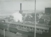 XV-95-1 Terrein en gebouwen van de gasfabriek aan de Galileistraat bij de Keilehaven.
