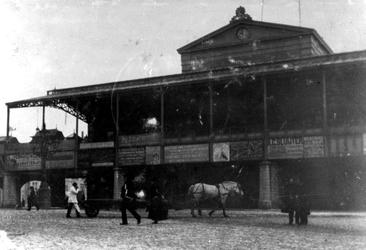 XVII-29 Gezicht op Station Beurs aan het Beursplein.