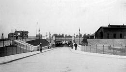 XVII-54-1 Gezicht op de Statentunnel bij de Beukelsdijk.