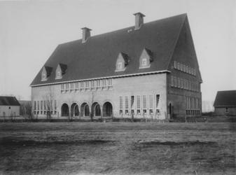 XXI-92-1 Filiaal van de Gemeente Bibliotheek aan de Enk.