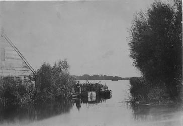 XXXI-317-02-1 Gezicht op de Kralingse Plas.