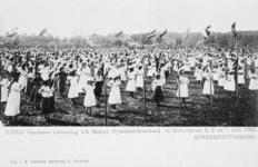 XXXIII-225-5 Gezicht op het schuttersveld Crooswijk, tijdens de 18e uitvoering van het Nederlandsch Gymnastiek Verbond ...