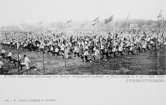 XXXIII-225-7 Gezicht op het exercitieveld Crooswijk, tijdens de 18e uitvoering van het Nederlandsch Gymnastiek Verbond ...