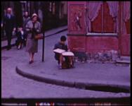 BB-7607 Amateurfilm van de Kilima Hawaiians / familie Buijsman.. Film zonder geluid met tussentitels. Een uitstapje ...