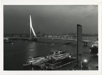 1996-2311 Reportage van de bouw van de Erasmusbrug over de Nieuwe Maas. Uit een serie van 100 foto's.2311: de brug is gereed