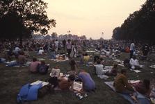 2006-47-049 Diareportage van het Holland Popfestival in het Kralingse Bos (49): overzicht van het festivalterrein