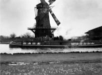 1972-829 Gezicht op de Bergpoldermolen gelegen aan de Vlaggemanskade, ongeveer ter plaatse van het latere ...